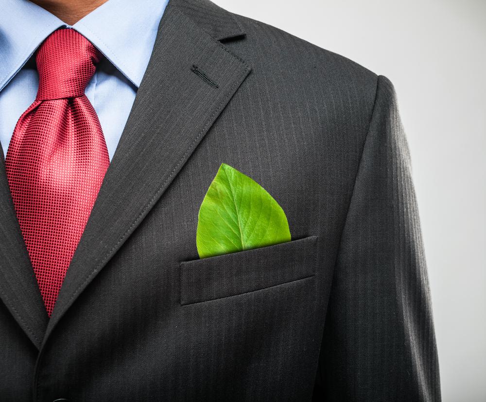 Ahorrar luz y contribuir a la sostenibilidad es ya una realidad gracias, entre otras cosas, a la economía circular y la inversión en bonos verdes que apoyan el cambio hacia una economía eficiente y responsable.