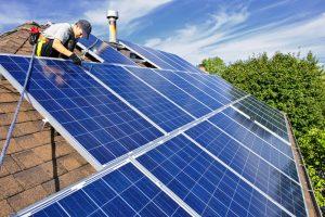 La transición energética hacia un modelo más verde.