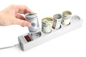 Toma de luz consejo para ahorrar en la factura